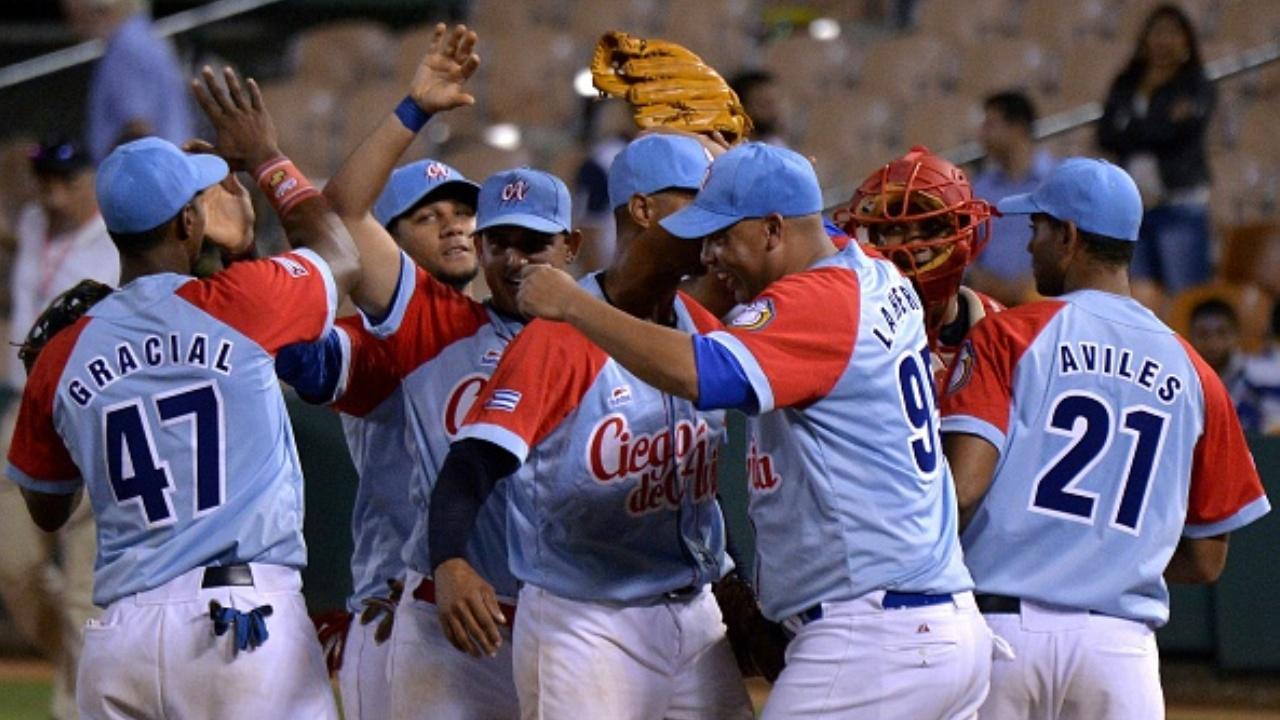 Cuba vence a R.D. en 11 innings y avanza a la semifinal en S.C.