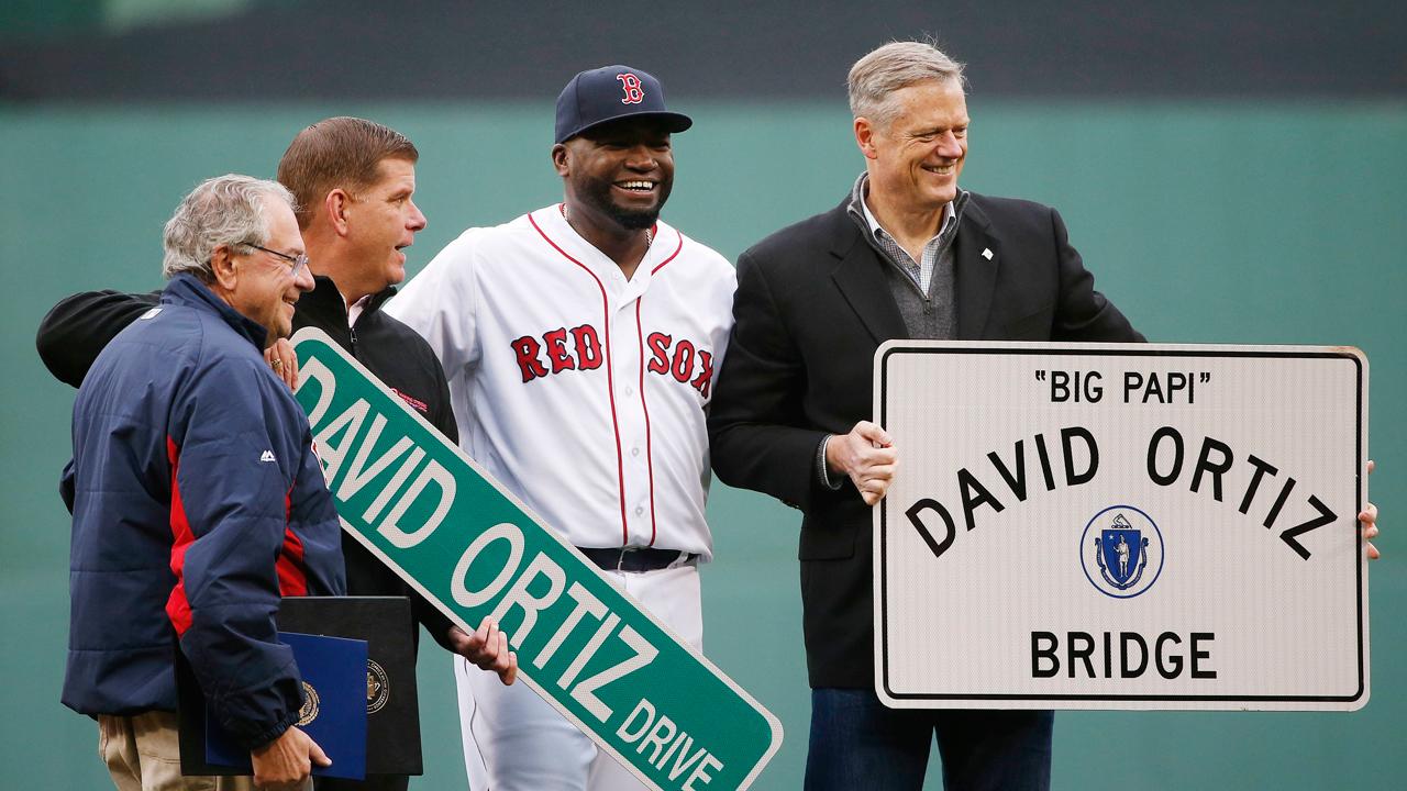 Una calle y un puente llevarán el nombre de David Ortiz