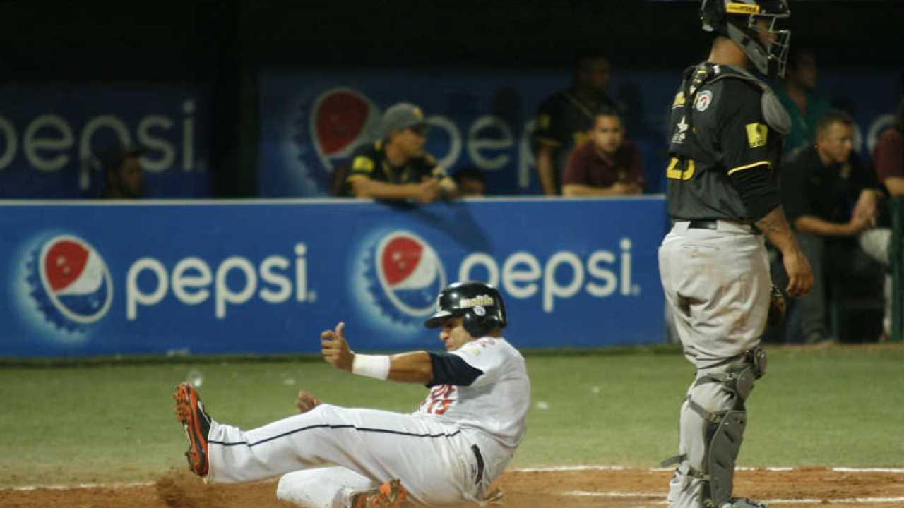 Caribes y Tigres, a un paso de la final en Venezuela
