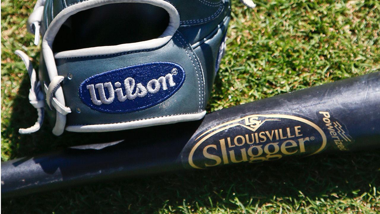 La marca Louisville Slugger es vendida a Wilson