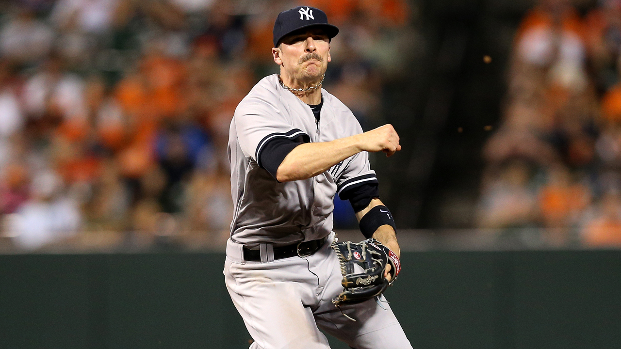 Yankees activan a Brendan Ryan; Gregorio Petit a Triple-A
