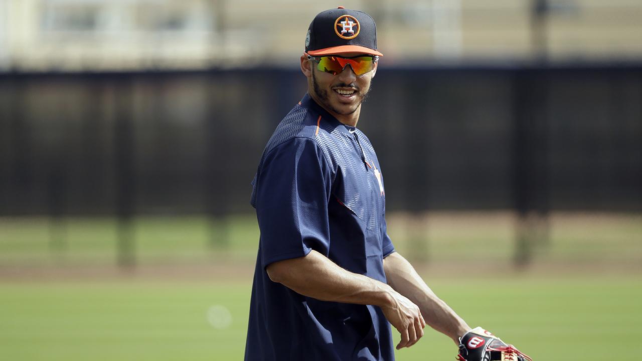 Carlos Correa recibe descanso extra en Astros, por dolores