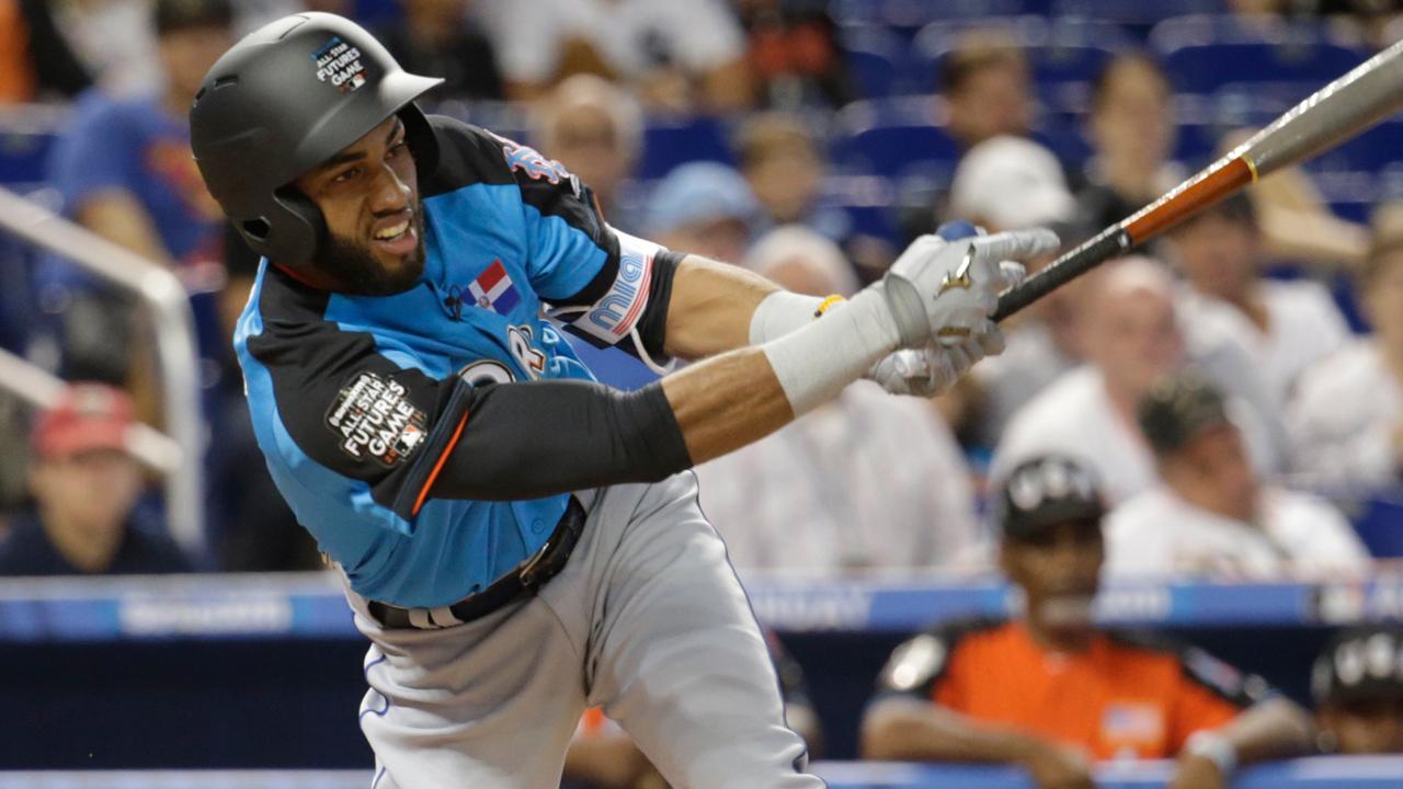 Los Mets ascenderán al dominicano Amed Rosario el martes