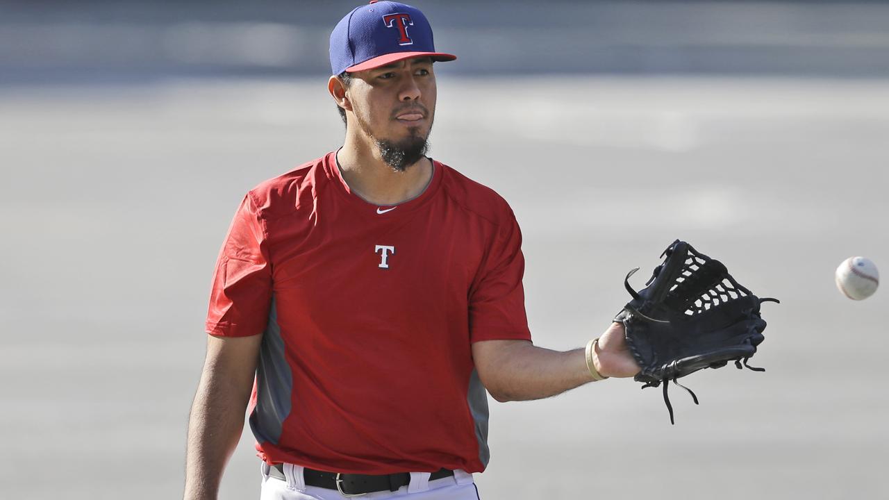 Yovani Gallardo abrirá en Día Inaugural por Rangers