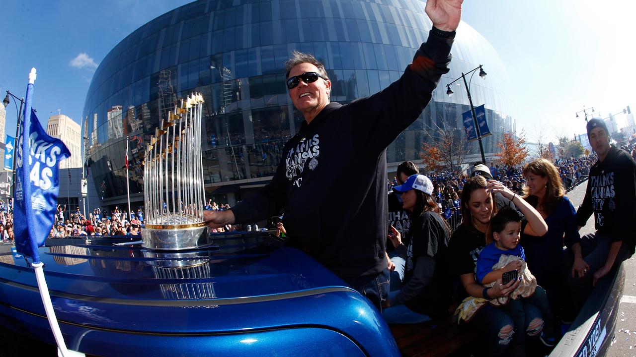 Celebran título de los Reales con desfile en Kansas City