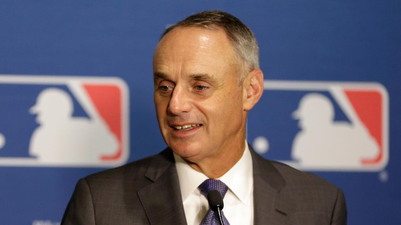 Las Grandes Ligas contemplan elevar la zona de strike