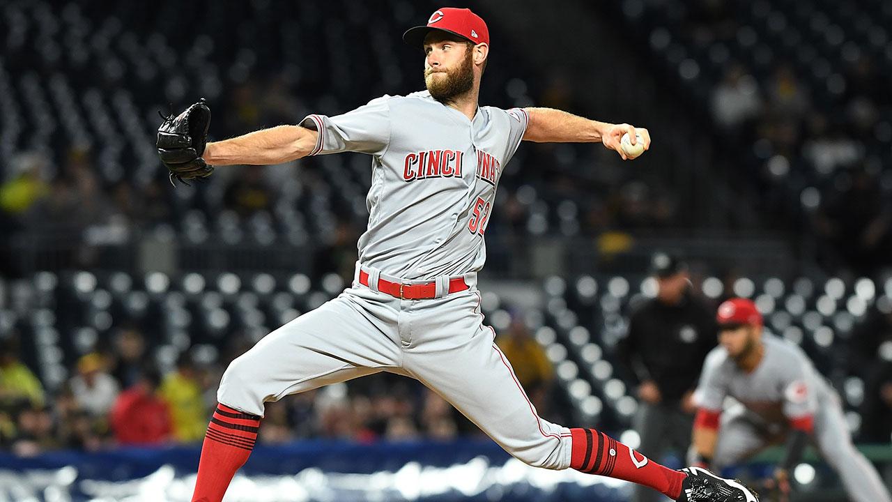 El zurdo Tony Cingrani pasa de los Rojos a los Dodgers
