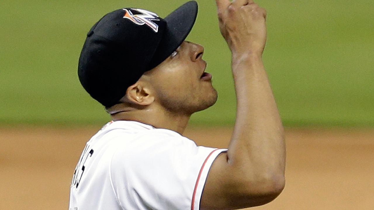 Mets adquieren al pitcher A.J. Ramos de Marlins