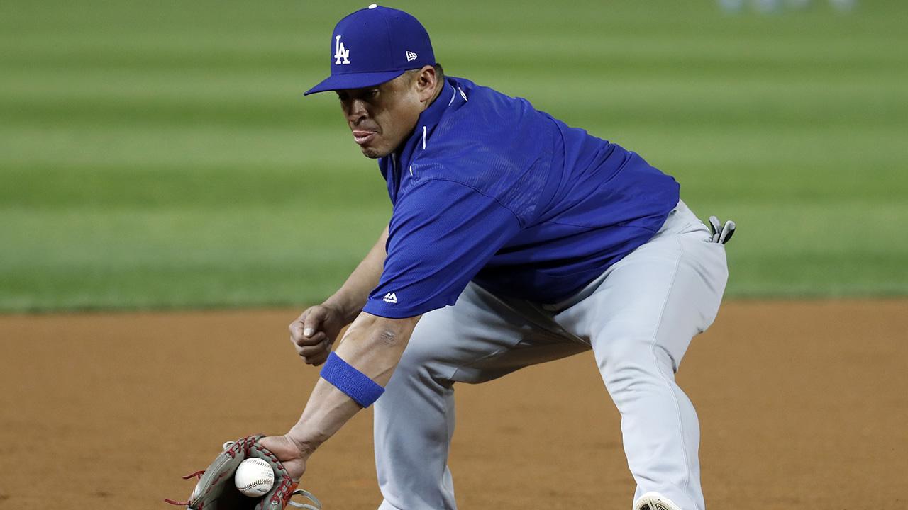 Carlos Ruiz aporta su enorme experiencia a la receptoría de los Dodgers