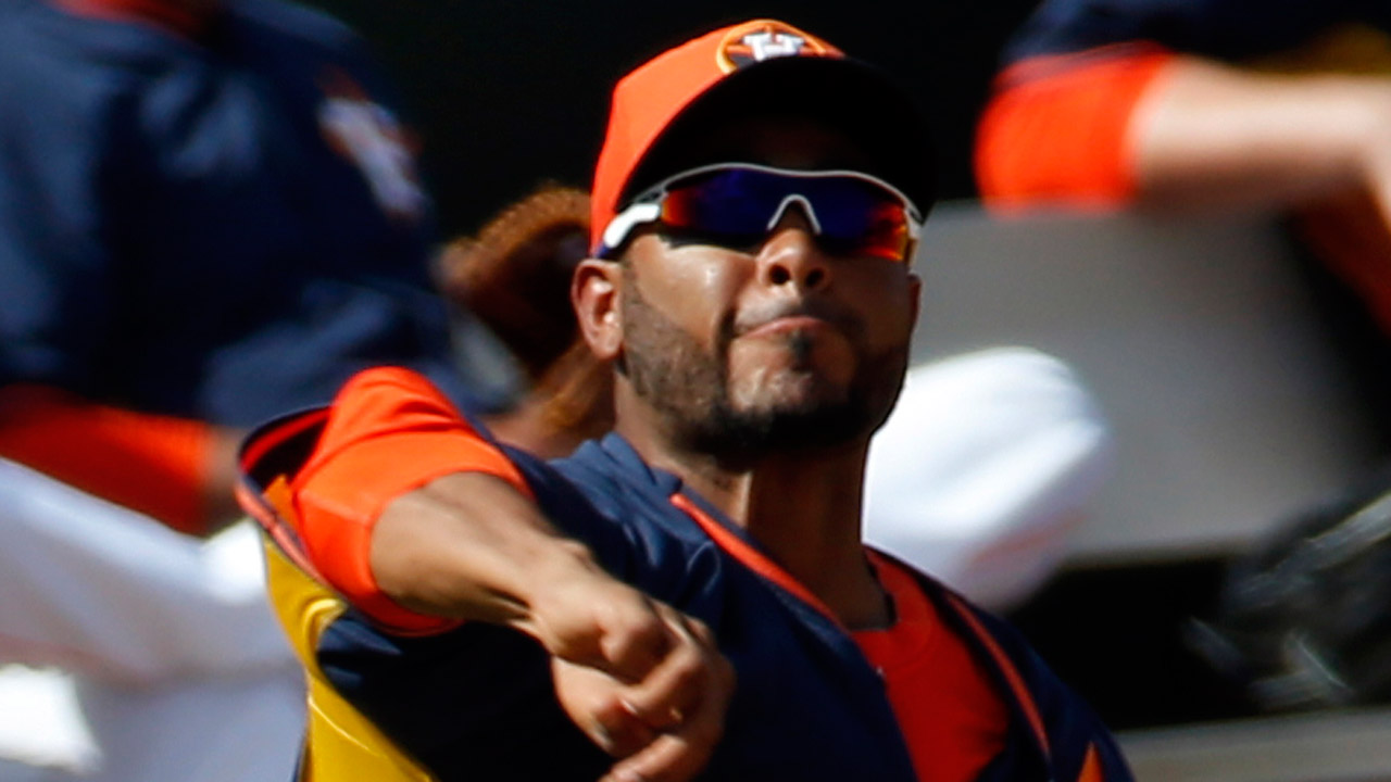 Yankees adquieren a Petit en canje con Astros